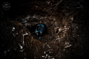 díra do podzemí
